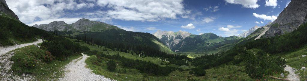 Birkkarspitze und Ahornboden