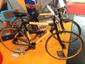 Schickes Bambus-Bike