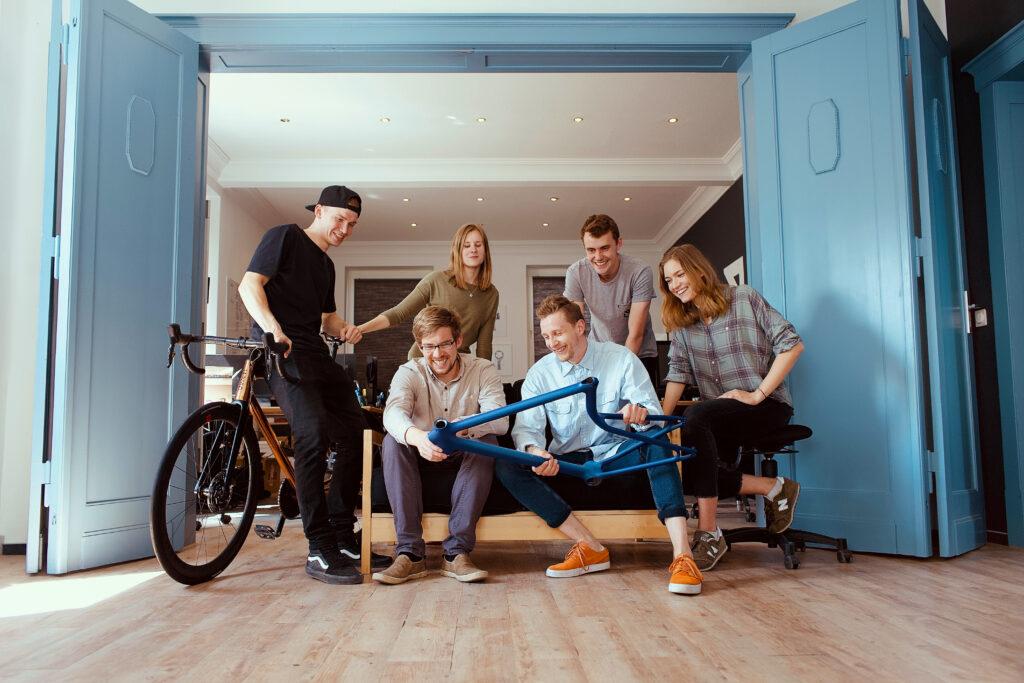 Sie bauen die Bikes aus dem 3D-Drucker: Das Team von Urwahn